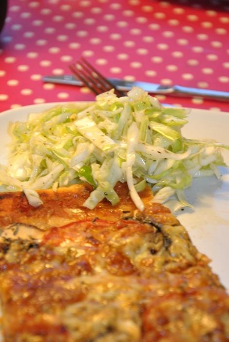 Hemgjord pizza sallad